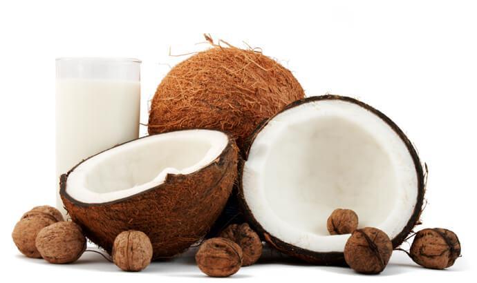 Fixa torrt hår och torra hårtoppar med kokosolja